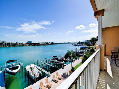 Photo for Apartment 1.3 km from the center of Clearwater with Internet, Pool, Air conditioning, Parking (751492)