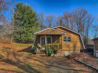 Photo for Woodsy Cabin - Country Quiet, Close to Asheville, Biltmore Estate, BRP, Hiking