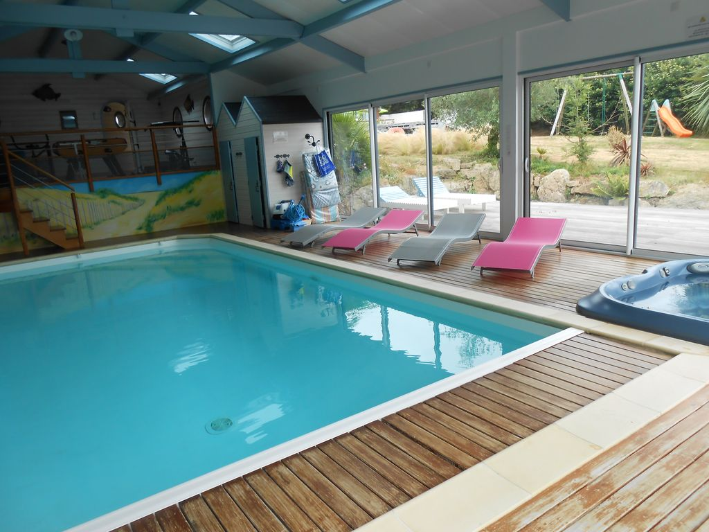 Villa With Pool Indoor Heated To 28 Jaccuzzi Sauna Lannion