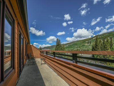 Photo for Best Pool & Hot tubs in the Village! Families love The Springs! Walk to Gondola
