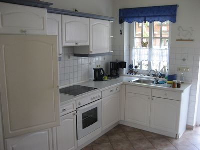 Photo for Comfortable holiday home for 5 persons in a quiet location close to the beach