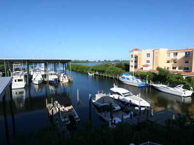 Photo for Great upper floor condo on the waterfront. Close to Siesta Key and Casey Key