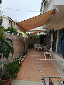 Photo for Detached house with garden 50 meters from the sea