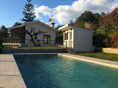 Photo for 15 minutes from Porto villa with pool overlooking the Douro river beaches