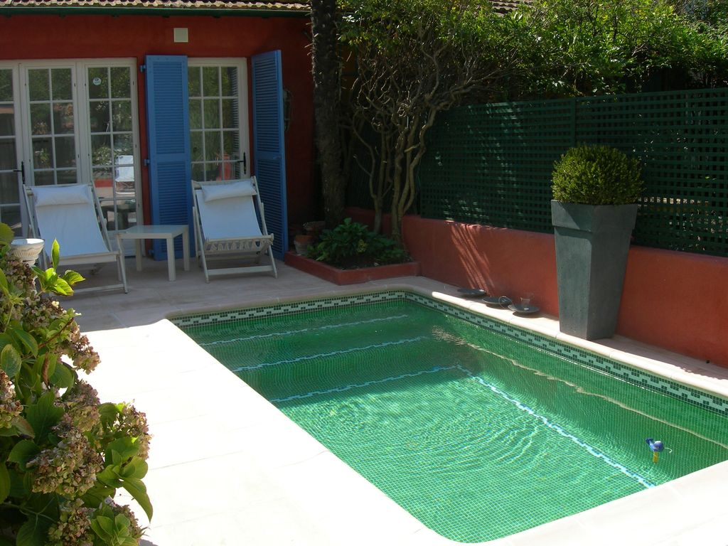 charming townhouse charming townhouse with pool 5 min from the