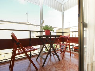 Photo for BEAUTIFUL FAMILY APARTMENT IN SEVILLA