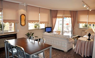 Photo for The best apartment in Salou, near beach, Port Aventura, pool, Wifi, Parking