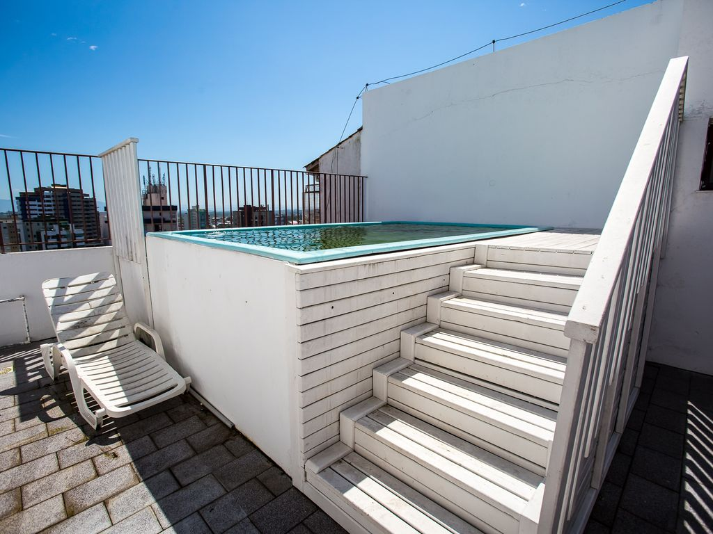 Swimming Pool Air Conditioning : Great apartment season with air conditioning swimming pool