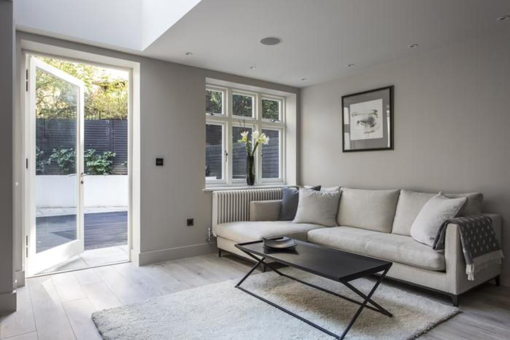 London Home 718, Rent Your Dream Holiday Home in One of London's most Prestigious Areas - Studio Villa, Sleeps 4