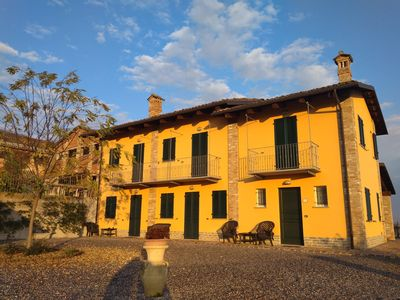 Photo for Residenza Albatros: the holiday home among the Barolo vineyards