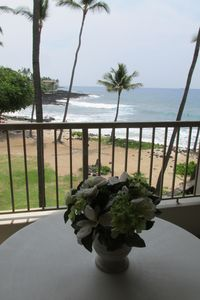 Photo for KONA REEF OCEANFRONT ~ BEACHFRONT AMAZING OCEAN VIEW. WALK 2 TOWN