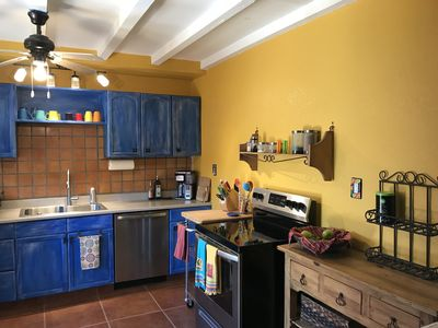 Kitchen, well appointed