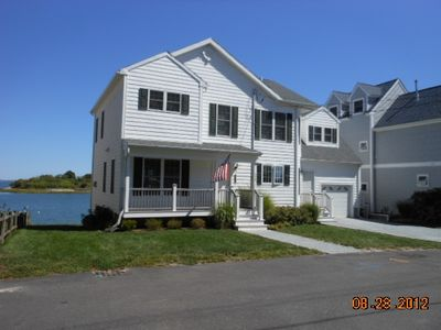 Photo for Direct Ocean Front, Quincy, MA: 30 Minutes to Logan Airport: 3/2 $3275