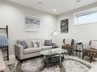 Photo for Beautiful and Modern 2 Bedroom - 1 Bathroom Spacious Bright Guest Suite!
