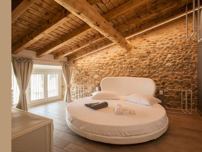 Photo for Bellavita del Garda Luxury B & B - White Moon Suite