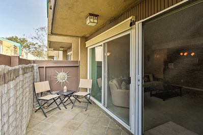 This 1-bedroom, 1-bath unit will be a warm welcome home for 4 guests each day.