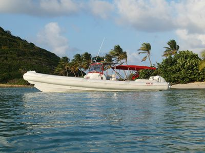 Photo for Powerboat In The Grenadine Islands