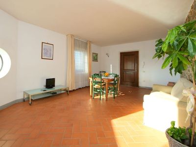 Photo for Apartment Leonardo in Vinci - 4 persons, 2 bedrooms