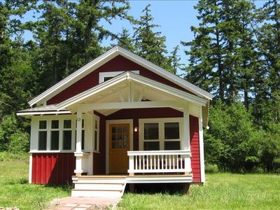 Photo for Adorable Lopez Island Cottage