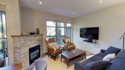 Living room area with Smart TV