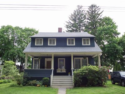 Walk to Historical Downtown Mystic 4 Bedroom House