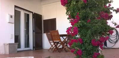 Photo for Charming Beach Cottage, Armona Island, Free WiFi