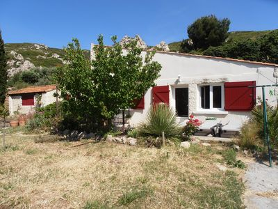 Photo for House T2 + mezzanine and garden near Calanques and Marseille