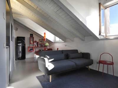 Photo for Elegant and chanrming apartment on top floor in the heart of Milan