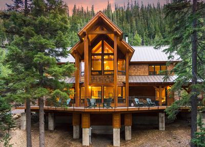 Lakeside West Cabin - stunning architecture!