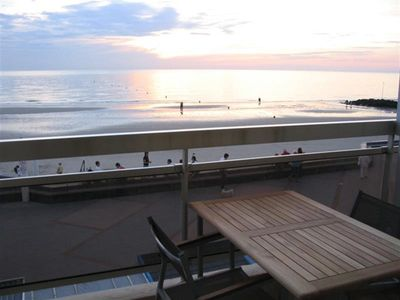 Photo for APARTMENT T2 CABIN WITH BALCONY IN FRONT OF SEA ON THE DIGUE OF WIMEREUX
