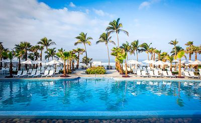 Photo for Mayan Palace, Acapulco- a beautiful beachfront resort, 2 bedroom suite