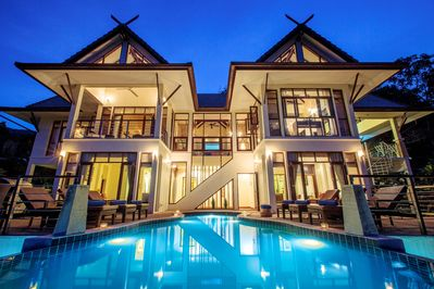 Villa Maphráaw at Night.. Now offering free nights.  All from only $450 daily