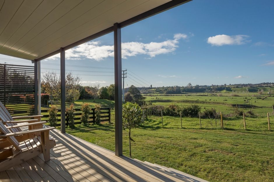 Peaceful and Private with Stunning Rural Views