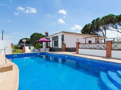 Photo for Club Villamar - Nice house with private pool in a quiet area