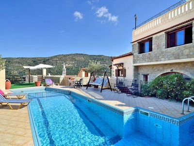Photo for 4-bedroom Topolia House with shared pool