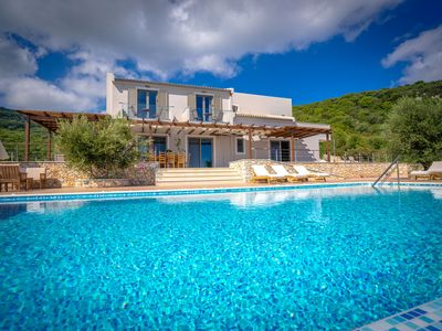 Photo for New villa with spectacular views! Ideal for children, wheelchair accessible.