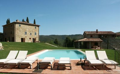 Photo for Villa in San Vincenti with 7 bedrooms sleeps 18