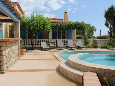 Photo for Villa with pool in Pinet