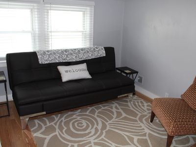 Photo for Walk to Downtown Royal Oak from this comfortable upper flat.