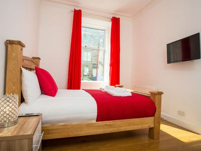 Photo for 3BR Apartment Vacation Rental in Edinburgh,