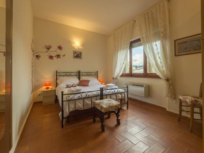 Photo for Cozy apartment just outside the historical city center