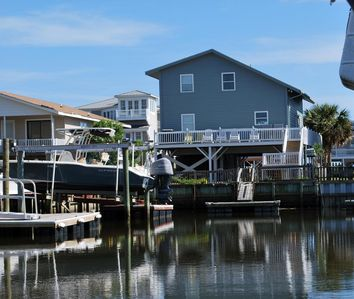 Photo for Second Row Canal Beach Cottage!  Close Beach Access!