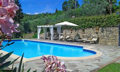Photo for Private Villa with WIFI, private pool, A/C, TV, patio, panoramic view, parking, close to Cortona