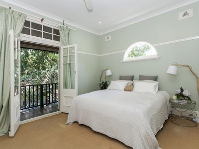 Photo for Sunny spacious terrace in North Randwick, Centennial Park