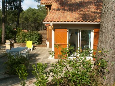 Photo for House under the pine forest, in residence with 2 swimming pools; large terrace