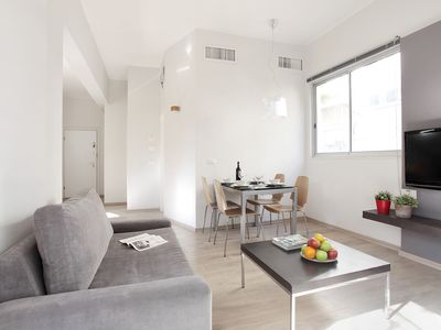 Photo for 2 Bedrooms (Beautiful) Apartment - 54 Pinsker Street.