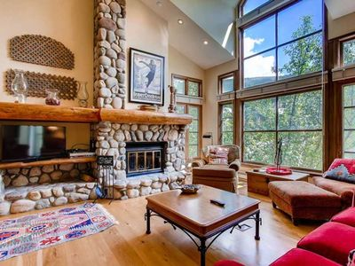 Photo for Perfect mountain stay in Beaver Creek with amazing views