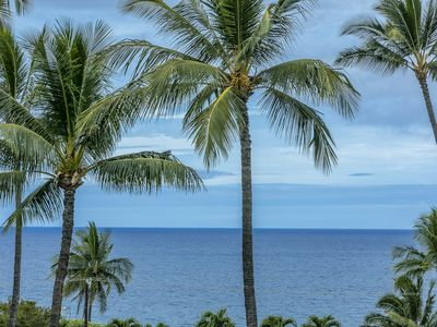Photo for Kihei Akahi Resort Unit C505 - Ocean, island and garden views!