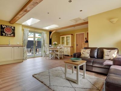 Photo for Peaceful Cottage in Reepham with Terrace