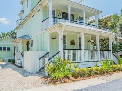Photo for Beach Music, 30A Cottages, Carriage House, Steps to Pool,  4 Bikes!